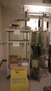 Varian 300 MHz spectrometer.